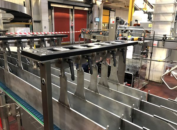 Adjustable conveyor 5
